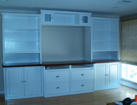 Conmbine several cabinets to create your own configuration